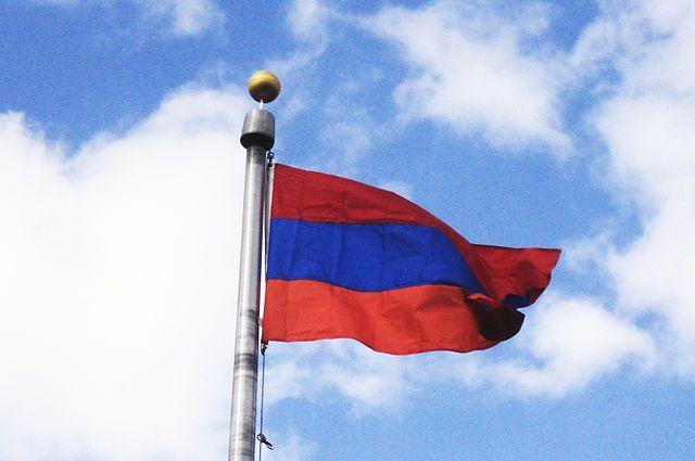 Путин поздравил президента Армении с Днем независимости республики
