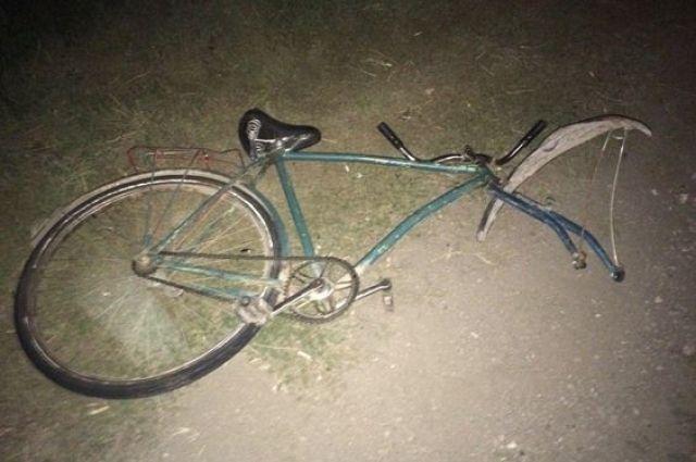 ВСамарской области старый велосипедист выехал под колеса авто и умер