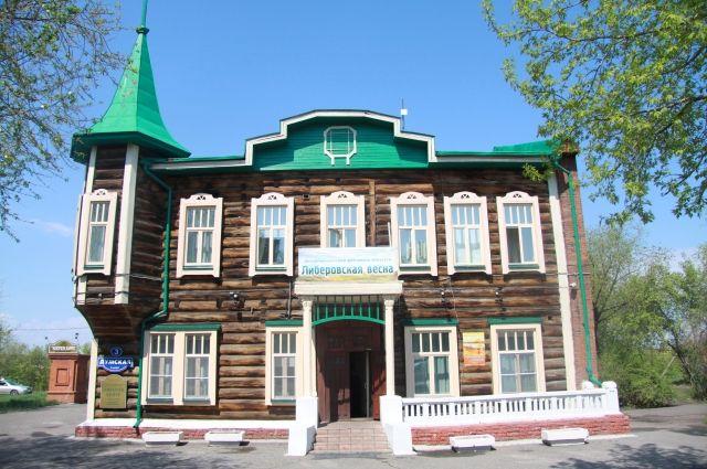 Либеров-центр продолжает выставочные традиции.