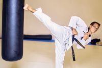 Характерная особенность тхэквондо — активное использование ног в бою.
