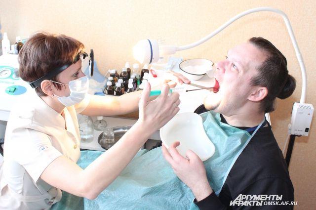Как облегчить боль в горле?