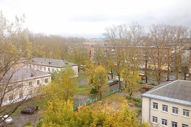 В Кемеровскую область идет снег с дождем.