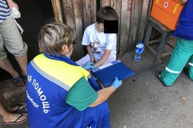 ВОренбурге спасли застрявшего между бетонных плит 8-летнего ребенка