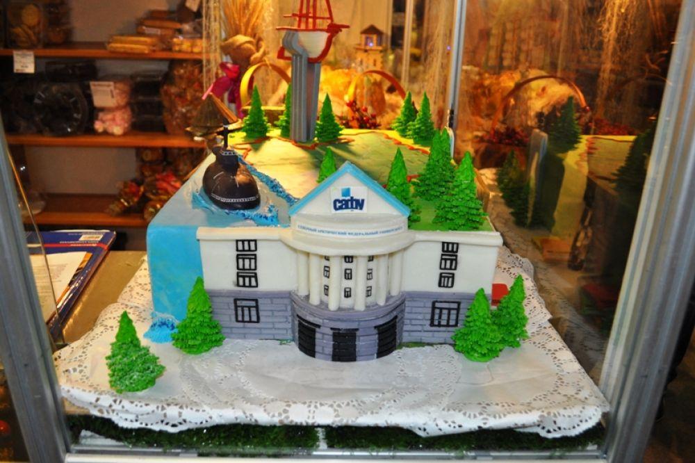 Такие торты пекут на Архангельскхлебе, цена - 3 тысячи за кило