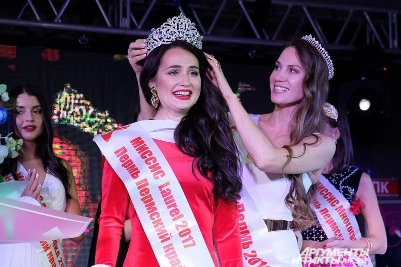 Анна Нескоромная была удостоена звания «Миссис Пермский край 2017».