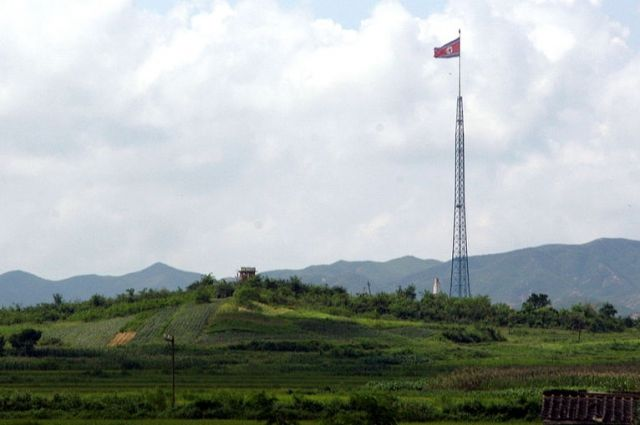 Китай ограничит поставки нефтепродуктов в Северную Корею
