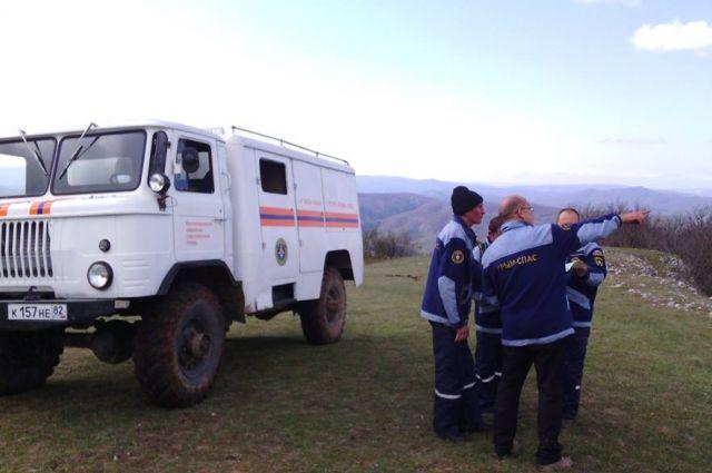Cотрудники экстренных служб помогли трем неподготовленным туристам вЯлте