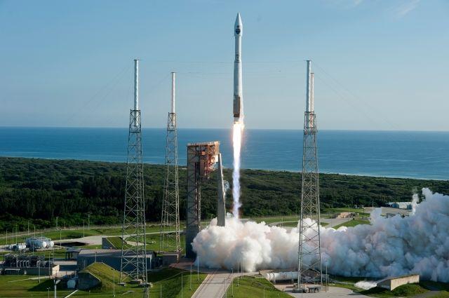 В США запустили ракету Atlas V со спутником для разведки