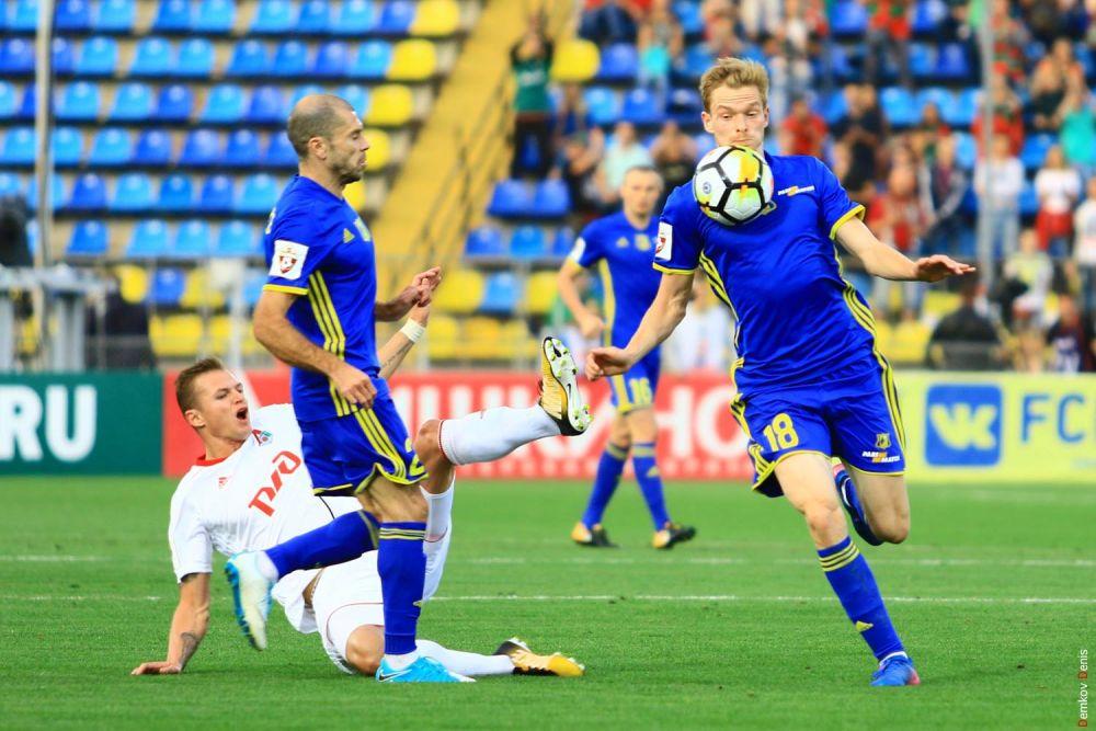 Победный гол в ворота соперника забил нападающий москвичей Эдер Лопес.