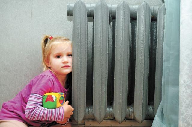 Вдетских садах ишколах Омска включили отопление