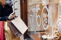 Купить по скидке или со скидкой — как правильно?