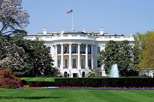 В США задержали мужчину, справлявшего нужду около Белого дома