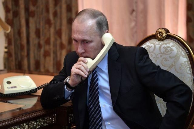 Путин и Назарбаев провели телефонные переговоры