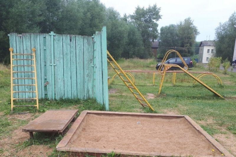 Детская площадка в Калязине