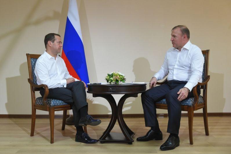 Дмитрий Медведев провел рабочую встречу с Главой республики Муратом Кумпиловым.