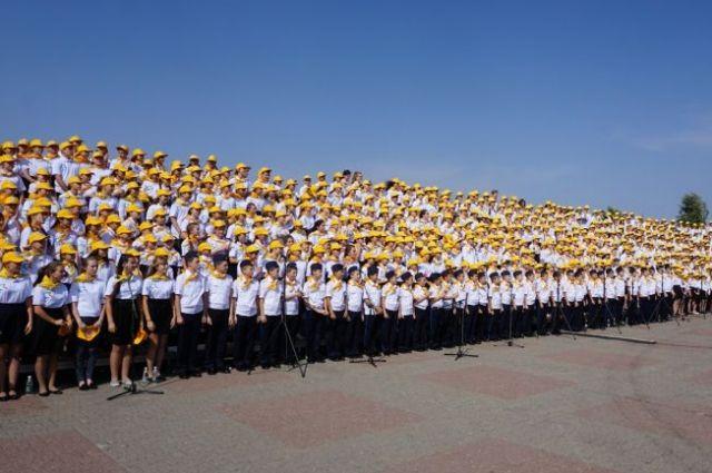 Практически 200 тыс. человек участвовали в всенародных гуляньях наДень Ставропольского края