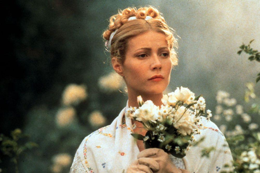 В романтической комедии по одноимённому роману Джейн Остин «Эмма» (1996) Гвинет сыграла Эмму Вудхауз. Её игра была встречена зрителями и критиками с одобрением.