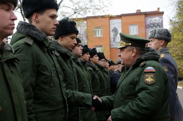 Замглавы Минобороны РФ сообщил о сокращении числа призывников