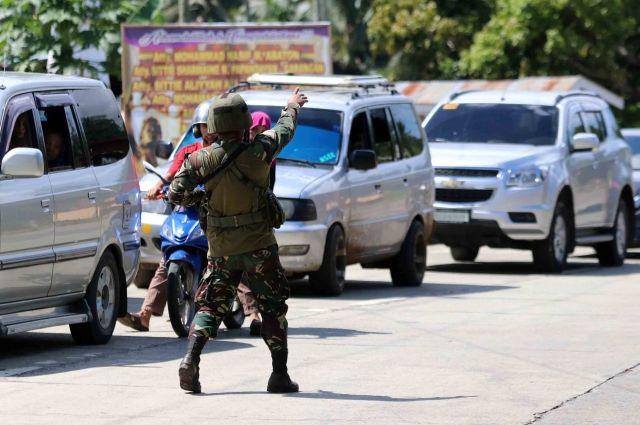 Неизвестный устроил стрельбу около резиденции президента Филиппин