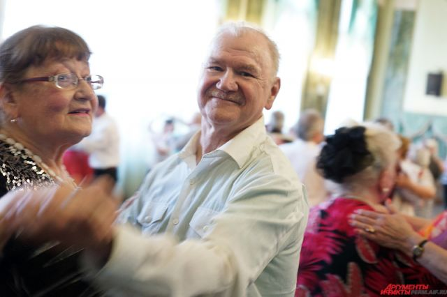 СДнем старшего поколения поздравят центры социального обслуживания