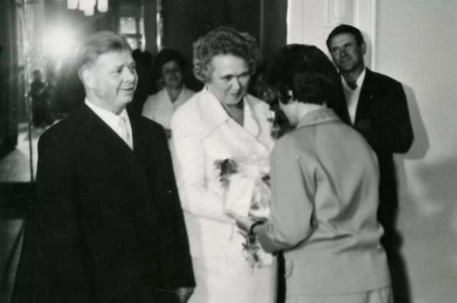 Одним из экспонатов выставки станет свидетельство о браке №1 и фотография первой супружеской пары - Григория Даниловича и Веры Павловны Ивахно.