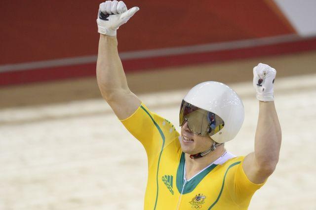 Австралийскому велогонщику Перкинсу разрешили выступать за Россию