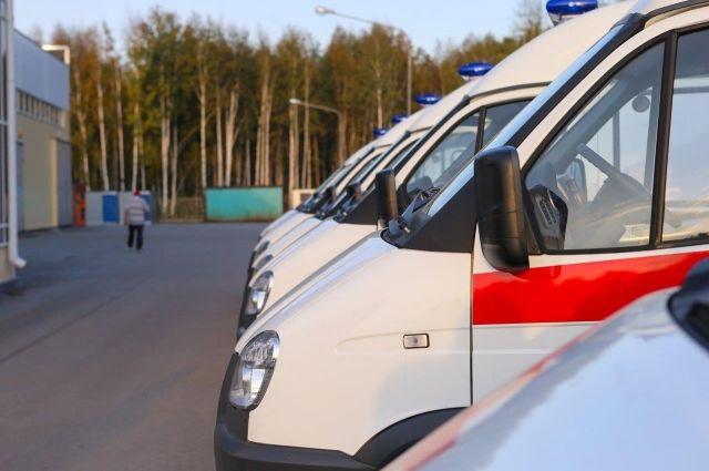 Кареты скорой помощи переданы медикам