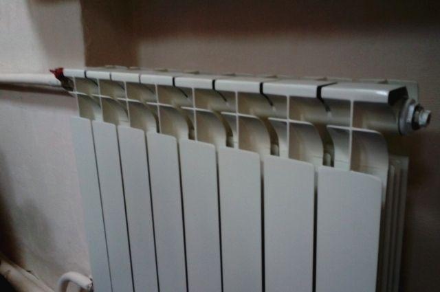 В ближайшее время коммунальщики подключат оставшиеся квартиры к теплоснабжению.