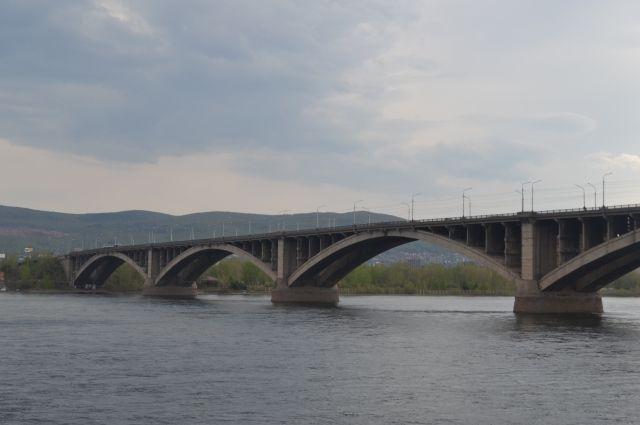 Мост закрыт на ремонт с 17 июня.