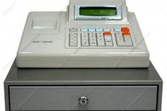 Мужчина похитил кассовый аппарат с деньгами