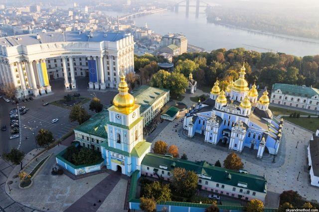 Киевляне сообщают о звуках, похожих на взрывы