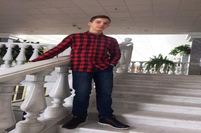 В Новом Уренгое ищут подростка