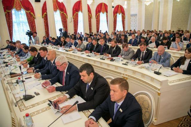 Казгордума преждевременно прекратила полномочия Кадырова