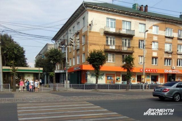 Жильцы этого дома на Ленпроспекте в Калининграде отказались от капремонта.