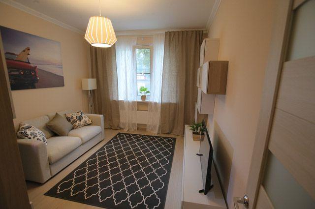 Спальная типовой 3-комнатной квартиры, предназначенной для переселения по программе реновации, в шоу-руме на ВДНХ в Москве.