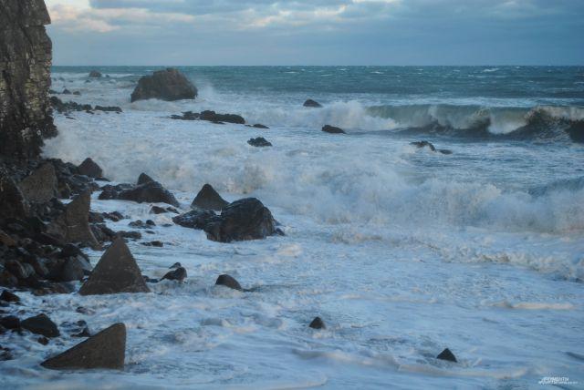 ВКрыму ветер частично обесточил шесть населенных пунктов