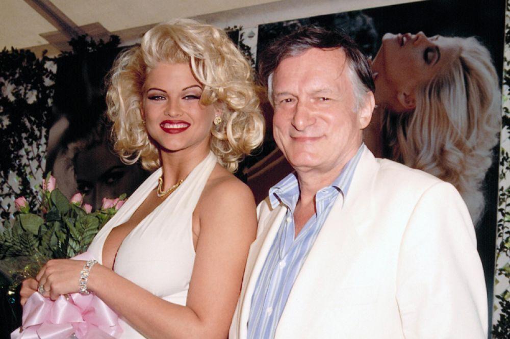 Девушка журнала «Playboy» 1993 года и секс-символ 1990-х годов Анна Николь Смит.