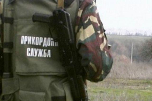 Двое таможенников подорвались нанеизвестном устройстве около Станицы Луганской