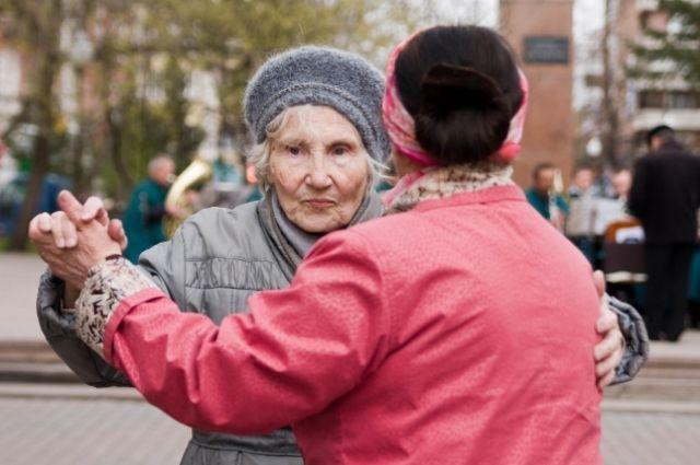 Возраст не помеха для увлечённых бабушек и дедушек.