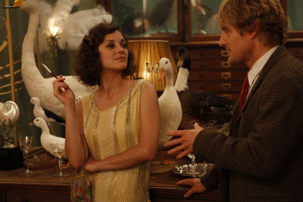 В 2011 году сыграла в фильме Вуди Аллена «Полночь в Париже».