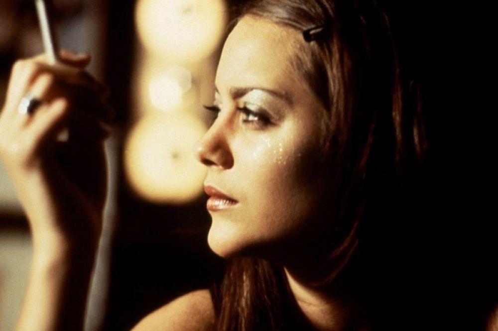 В 2001 году сыграла свою первую главную роль в кино, в мелодраме Жиля Паке-Бренне «Милые штучки», где она исполнила сразу две роли, сестёр-близнецов Мари и Люси. За этот фильм Котийяр удостоилась номинации на «Сезар».
