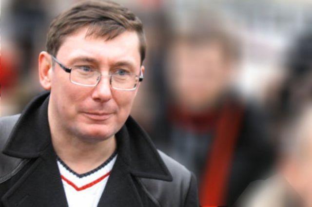 Луценко объявил оверсии сзаложенным детонатором— Взрывы под Винницей