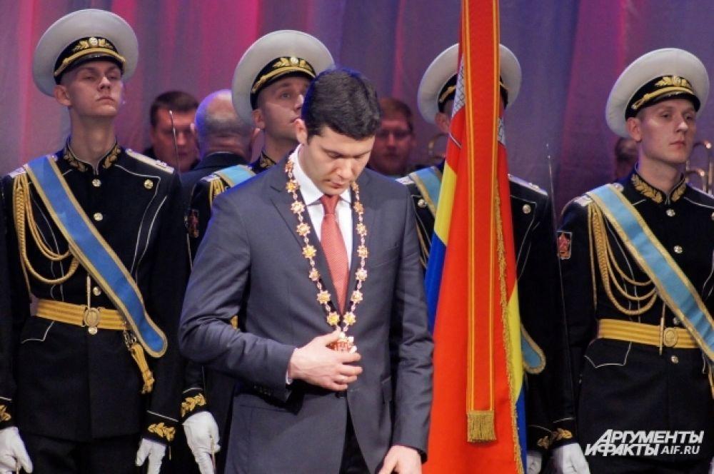 Антон Алиханов - самый молодой губернатор в РФ.