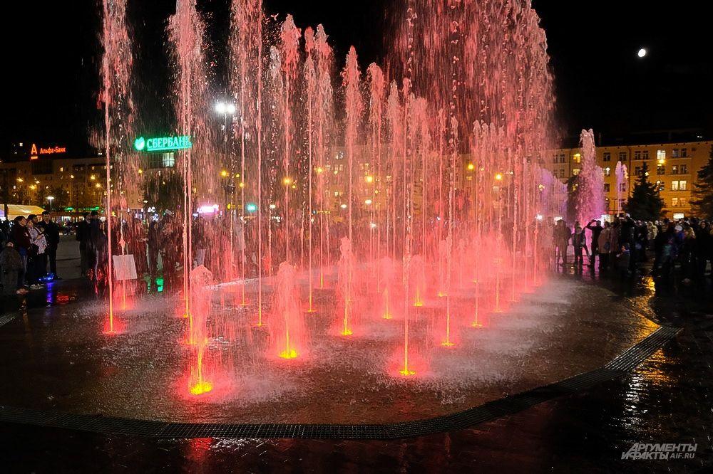 В сентябре этого года фонтану потребовалась замена форсунок.
