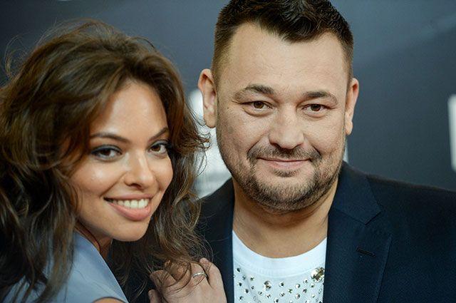 Певец Сергей Жуков с женой Региной.