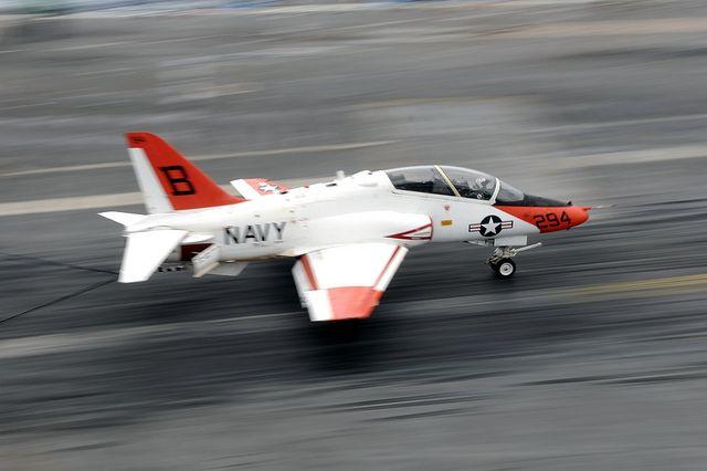 Военный самолет упал вштате Теннесси