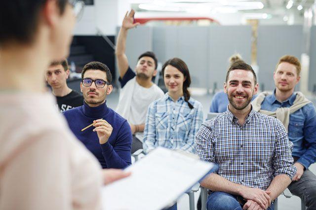 Передача опыта. В Москве встретились студенты и руководство энергокомпании