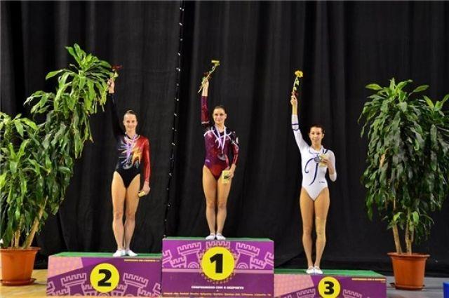 Астраханка завоевала две медали наКубке Мира попрыжкам набатуте