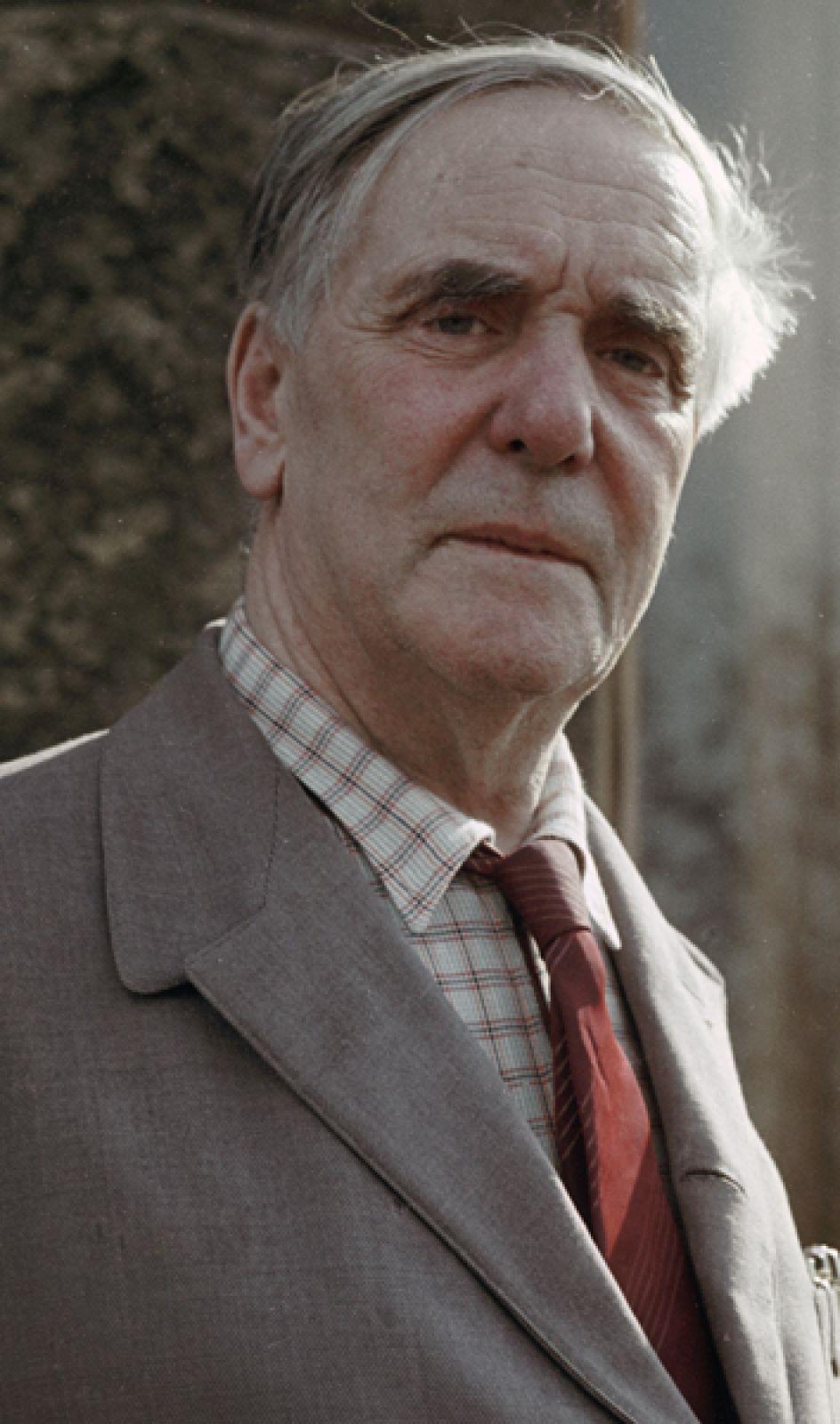 1978 год, Пётр Леонидович Капица. Нобелевская премия по физике «за его базовые исследования и открытия в физике низких температур».