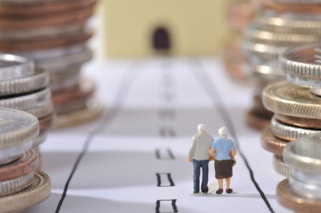 Кабмин решил увеличить минимальную пенсию до1452 грн